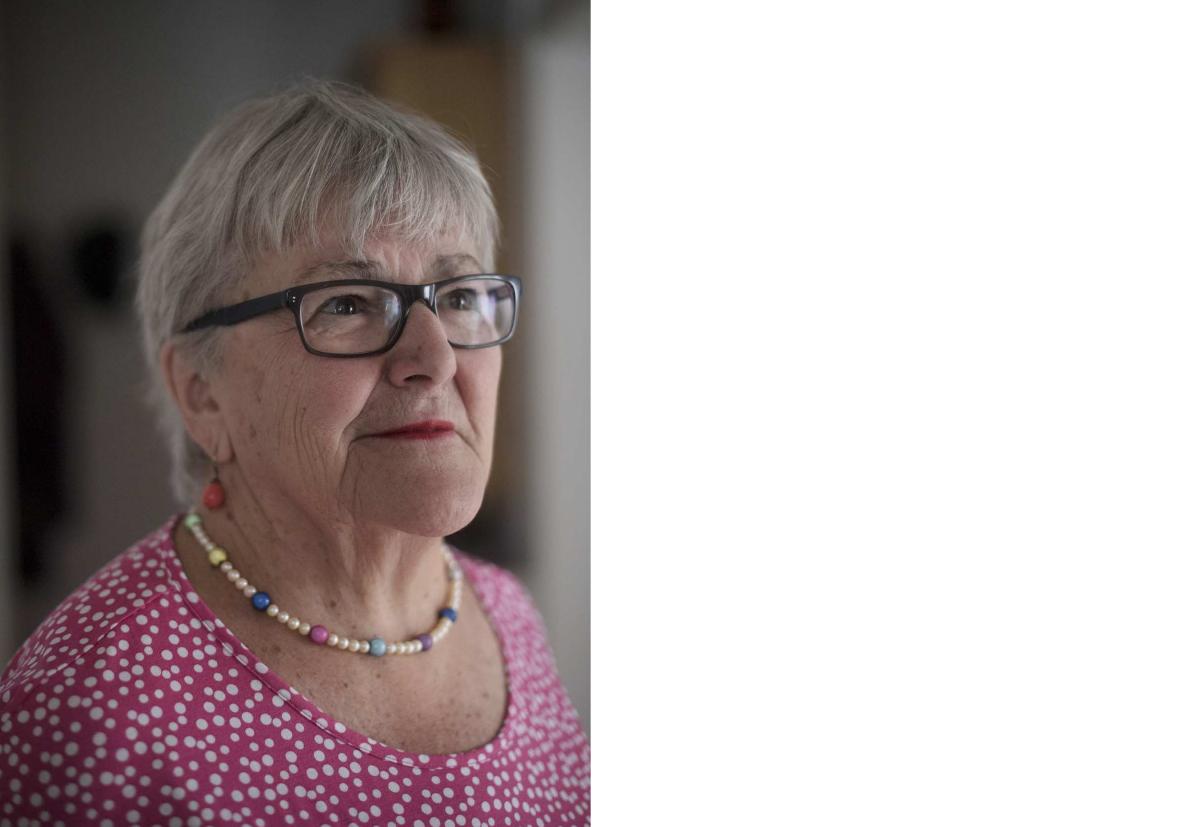 72-årige bedstemor dating barnebarn